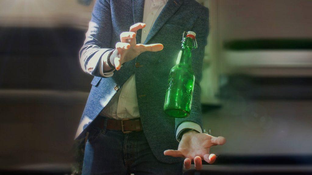 Biergoochelaar unieke uniek concept